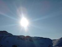 Солнце над Секретарским озером в Териберке